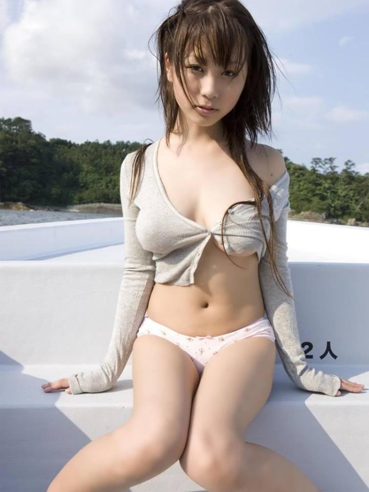 Про видео из обычной японки в необычную